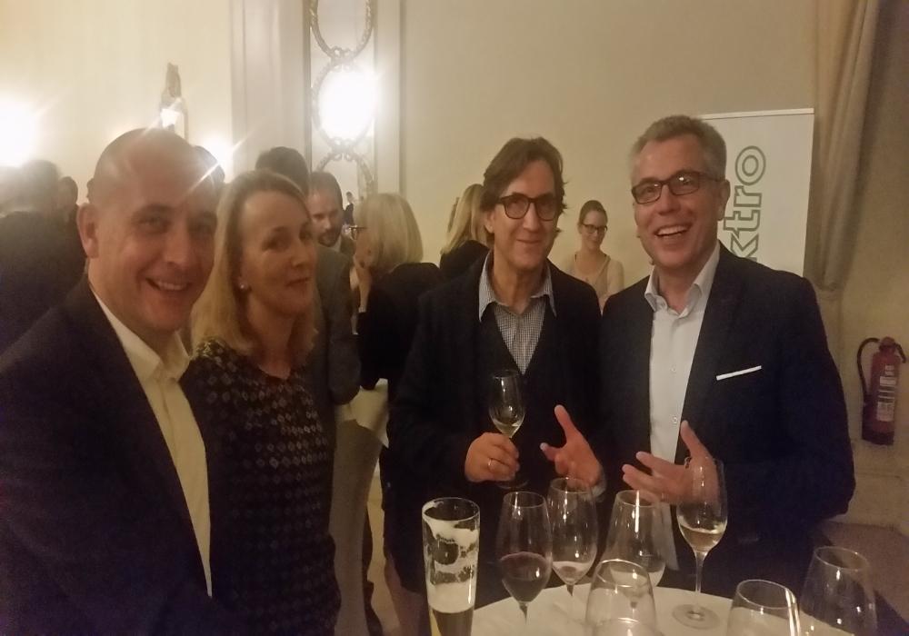 ...und Teil 2: OB Dr. Pöltl mit Gattin und Landrat Stefan Dallinger hatten ebenfalls Ihren Spaß.